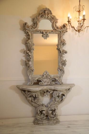 Francuskie, Stare Lustro z Konsolą z początku XX wieku. Niezwykle dekoracyjne lustro z konsolą, ręcznie artystycznie malowane, wykończone antycznie w naturalnych kolorach kamienia